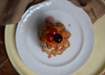 Sicilian cassata with mini Pandoro